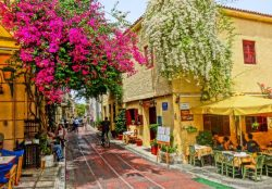 More Greece Πλάκα, η ωραία των Αθηνών! | Plaka, the beauty of Athens!