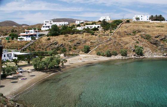 παραλίες,  Majestic Blue «Dives» in Syros