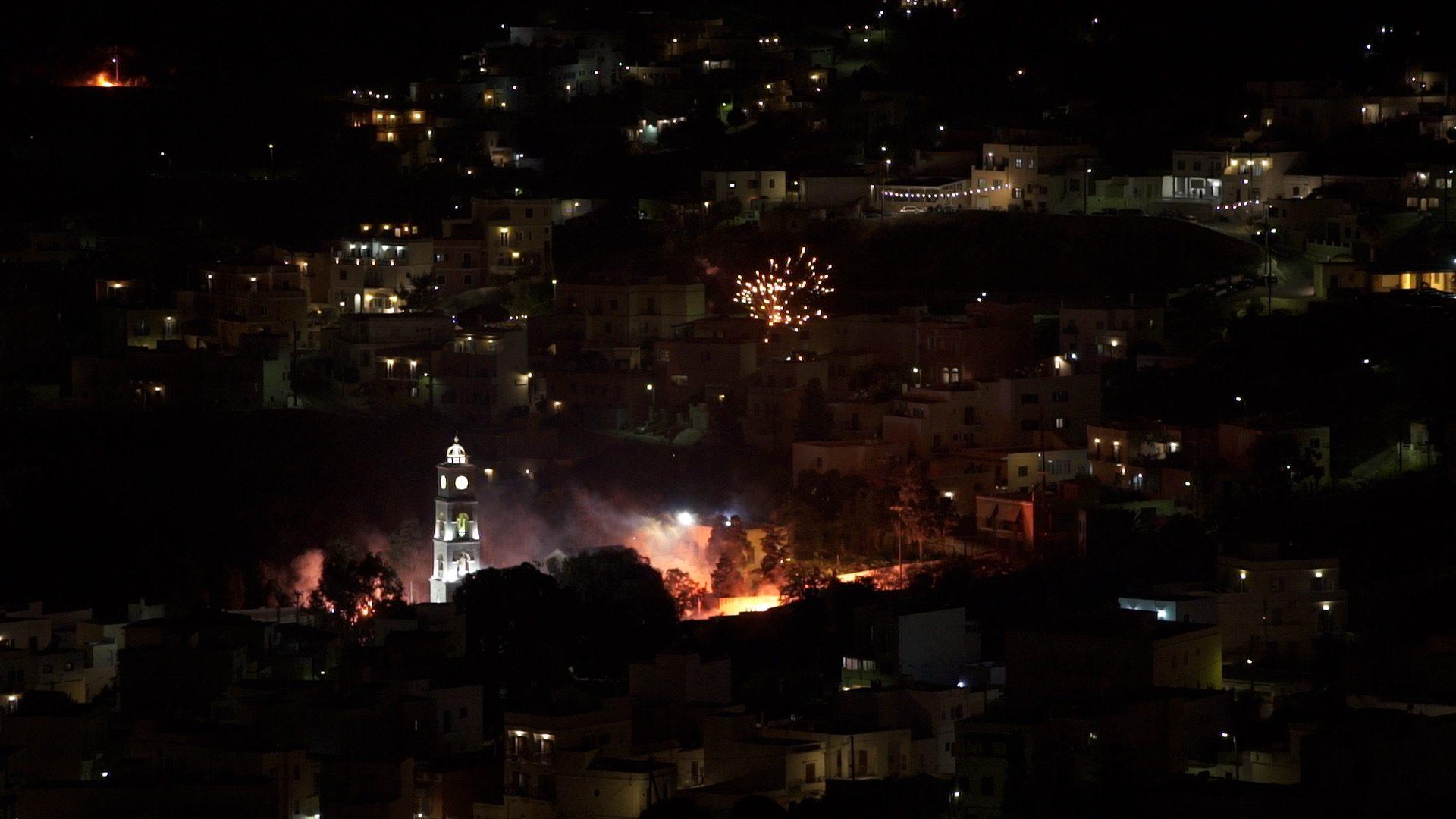Σύρο,  Celebrating Easter in Syros